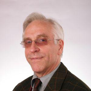 Portraitfoto Andreas Tögel
