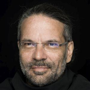 Portrait Robert Pfaller